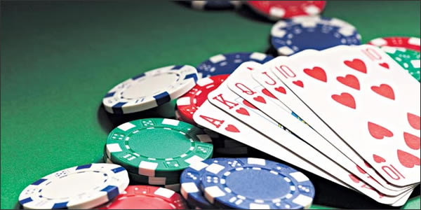 Why is an online version of gambling better than an offline one?